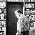 Al librero venezolano Andrés Boersner siempre se le ha visto de buen humor por los recovecos del Centro Plaza. Durante años ha mantenido una librería que nació allí gracias a […]
