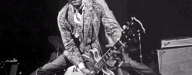 Cuando tecleas «Chuck Berry» en el buscador de Google aparece como género musical de referencia, además de rock'n'roll, «música del mundo». ¿Será cierto eso? ¿Lo que hizo Chuck Berry, quien […]