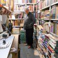 Fernando Plaza Del Amo lleva su caseta de libros viejos y de ocasión en el puesto 6 de la Cuesta de Moyano. Todos los días pone su mesón enfrente para […]