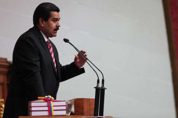 Maduro-en-la-Asamblea-Nacional (1)