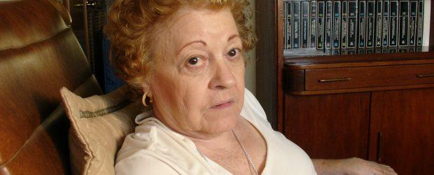 María Eugenia Villalba es la viuda delprofesor Jesús Sanoja Hernández y albacea de su legado, escaso en términos monetarios pero rico en libros y papeles. He aquí el testimonio de […]