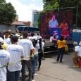 Henrique Capriles Radonski, gobernador de Miranda y líder del partido Primero Justicia, se lanzó el miércoles 12 de octubre al ruedo de las primarias, oficialmente. Su mamá, que se llama […]