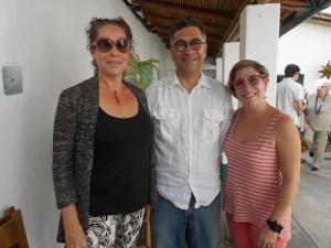 Sánchez, Fernández y Toro en el patio de la galería 39 el domingo 20-12-2015 a mediodía.