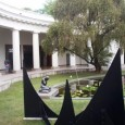 Eso es lo que se respira en el Museo de Bellas Artes, en Los Caobos: cierto aire de abandono, cierto aire de pérdida. Aunque una exposición fotográfica de Efraín Vivas […]