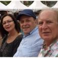 Tiene cuatro hijas regadas por el mundo: Déborah, Paulina, Daniela y Renata. Y varios libros de ensayo. Llegó a Venezuela huyendo del penúltimo de los grandes gorilatos sufridos por su […]